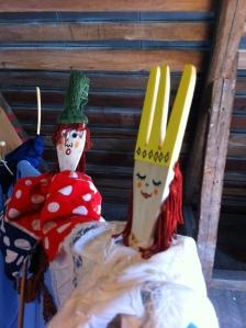 Itse aikani kuluksi rakentelemani nuket. :)